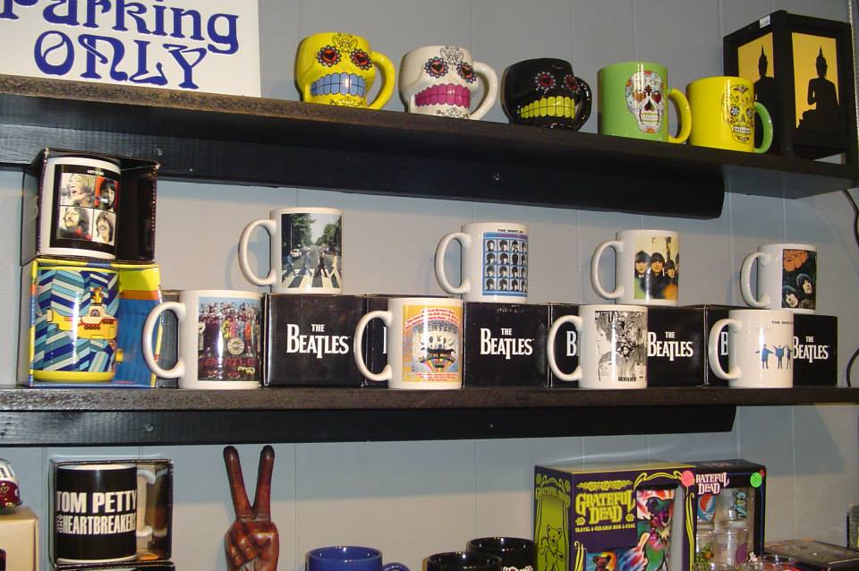 Fabulous coffee mugs including The Beatles, The Grateful Dead, Tom Petty & much, much more! Located in beautiful downtown Mt. View, Arkansas